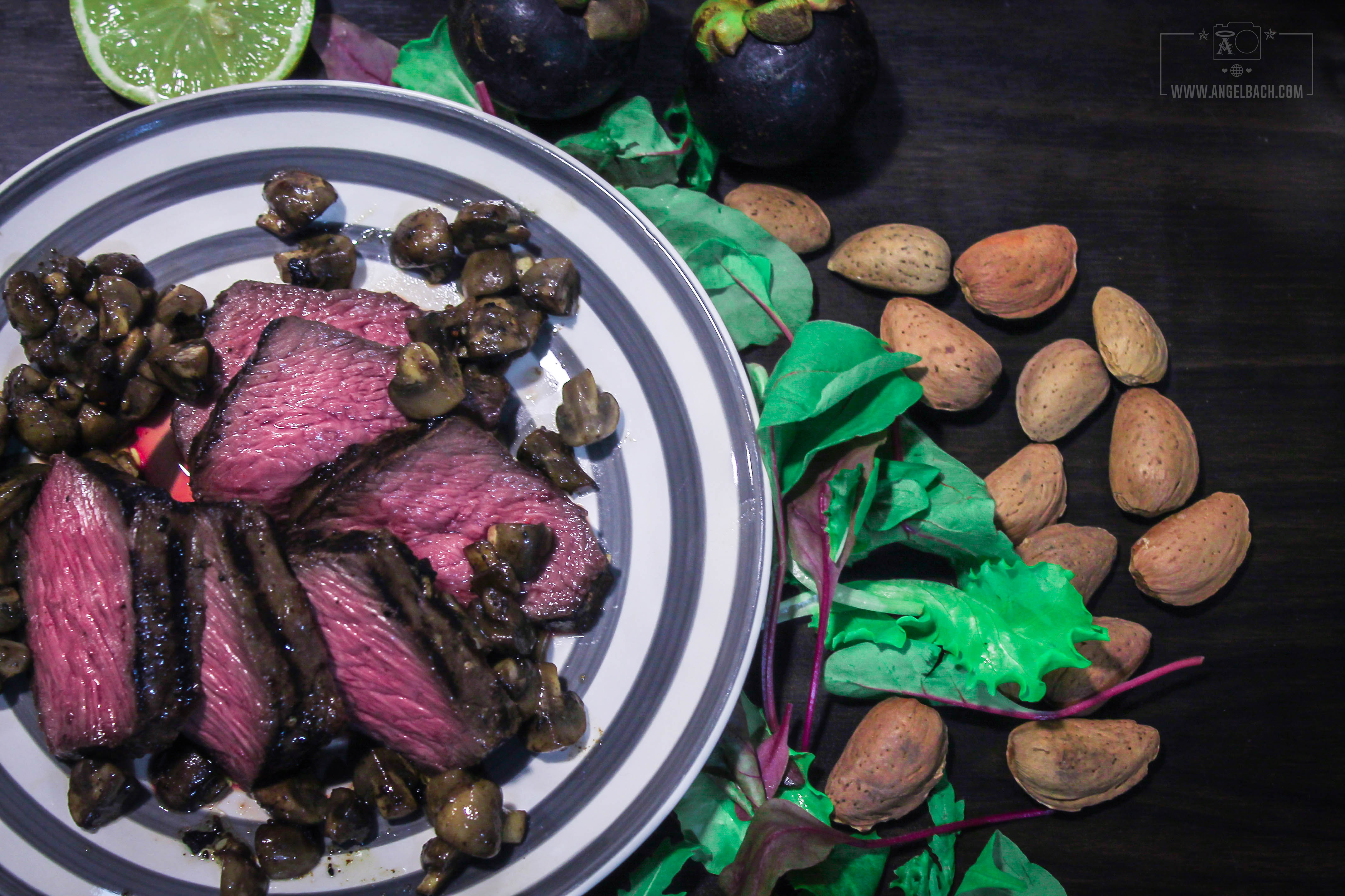 Chef Esben, Steak, Dinner, Salad, Specialty Food, Beef, home cooked, Husband's Kitchen, sous vide cooking, seared steak, slow cook