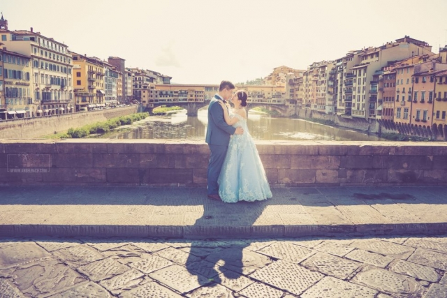 Night Photography, Long Exposure, Cityscape, Landscape,Florence, Bride, River, Tourist Attraction, Lights, Ancient place, Arno River, Tuscany, Ponte Vecchio, Italy, Wedding in Italy