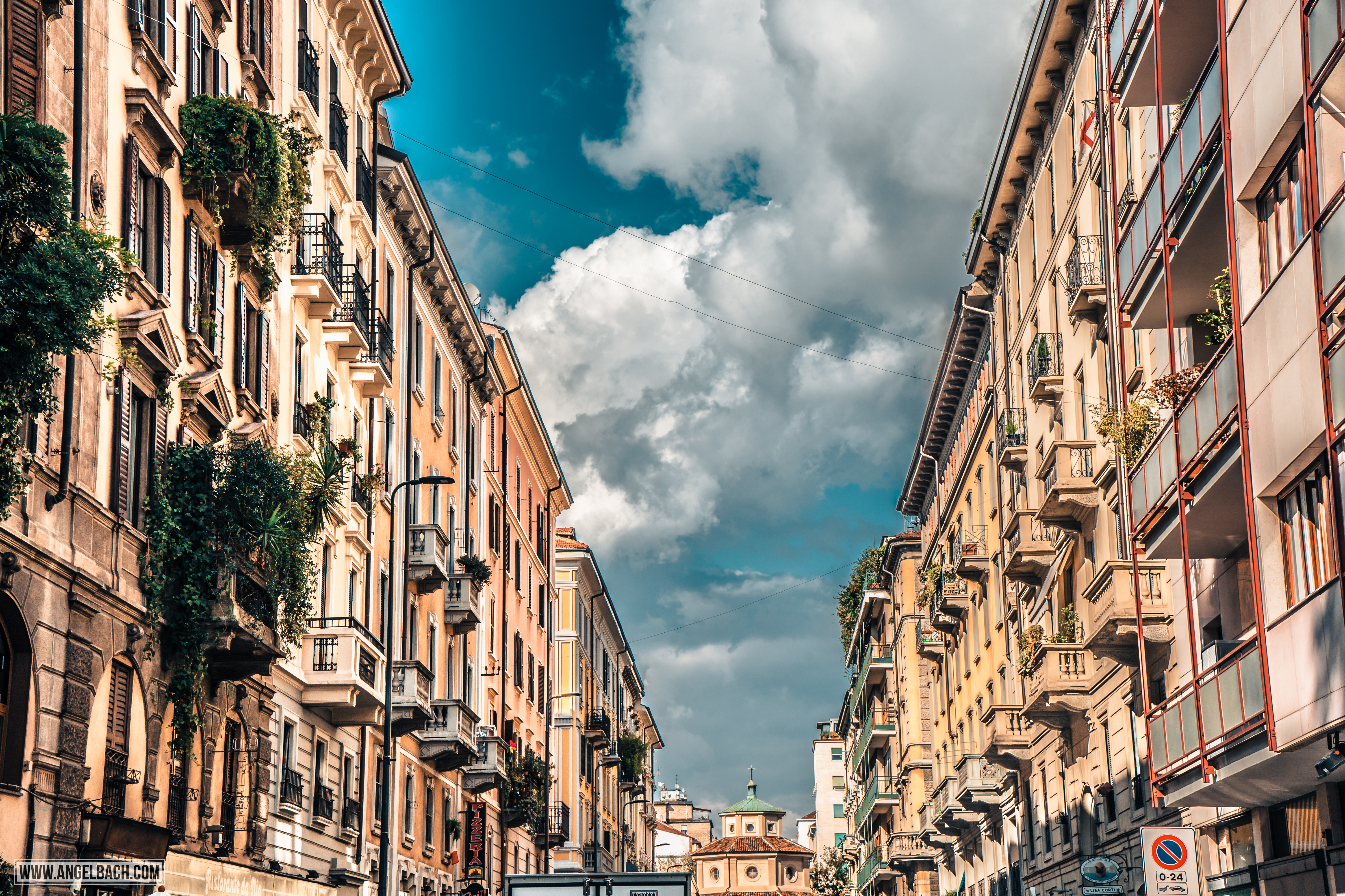 Milan, Architecture, Leading lines, Photography, Italy, Cityscape