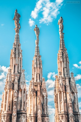 Milan, Duomo Cathedral, Church, Architecure, Photography, Pillars, Statue