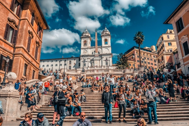 Rome, Cityscape, Leading lines, Street photography, Architecture Photography, Ancient Rome, Piazza di Spagna, Rome's Spanish Steps