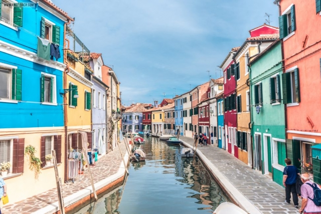 Venice Architecture, Grand Canal, Sailing, boats, gandola ride, Adriatic Sea, Venice Lagoon, Renaissance, Gothic, Vintage Venice, Venezia, Italy, Murano Colorful Houses
