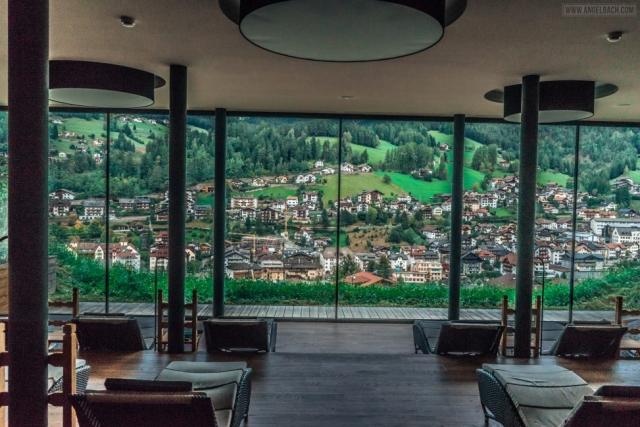 Dolomites, Italian Alps, Mountains, Landscapes, Naturescapes, Photography, Lady Photographer, Dubai Expat Photographer, Greenery, Italy Photos, Angel Bach Photography, Dolomites Roads
