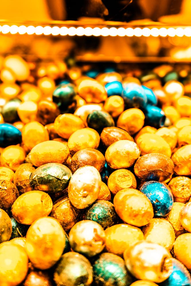 Grand Bazaar, Istanbul, What is inside Grand Bazaar, Stores in Grand Bazaar, Largest Market in the world, food in Grand Bazaar