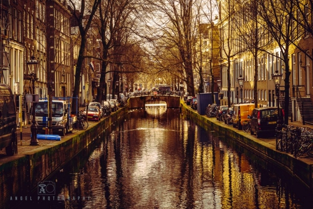 Amsterdam, Vintage building, Street Photography, Netherlands, Day tour in Amsterdam, Grand Canal