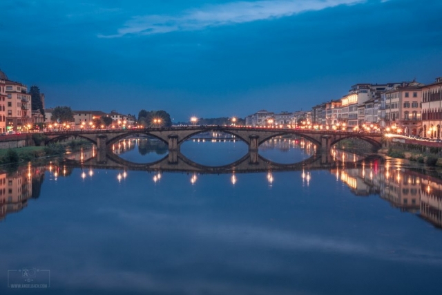 Night Photography, Long Exposure, Cityscape, Landscape,Florence, Bride, River, Tourist Attraction, Lights, Ancient place, Arno River, Tuscany, Ponte Vecchio, Italy