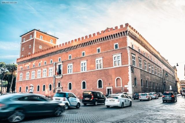 Rome, Cityscape, Leading lines, Street photography, Architecture Photography, Ancient Rome, Rome Piazza Venezia