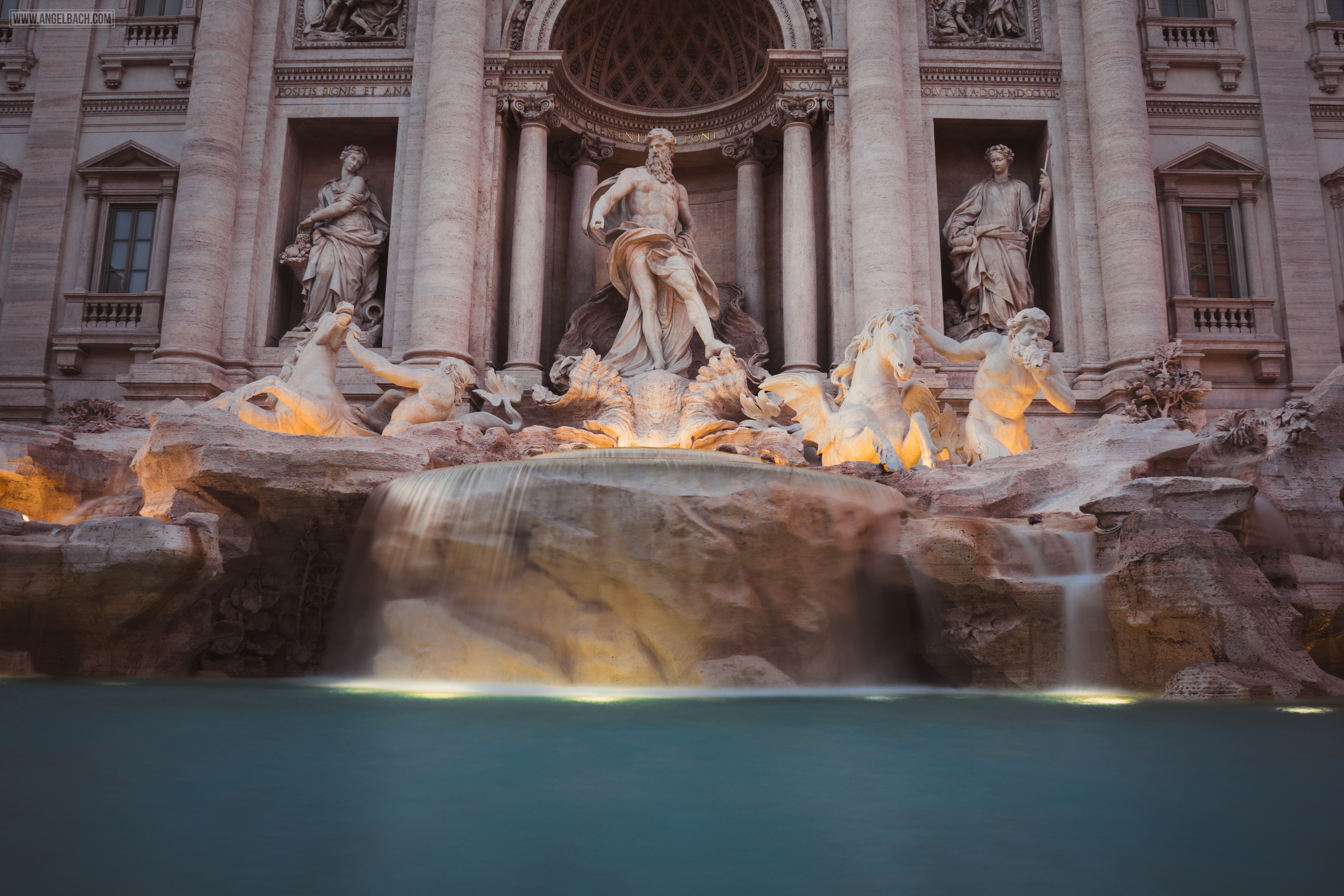 Rome, Cityscape, Leading lines, Street photography, Architecture Photography, Ancient Rome, Trevi Fountain