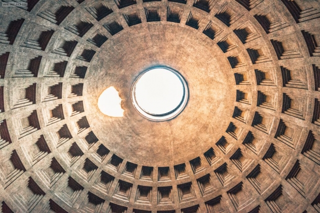 Rome, Cityscape, Leading lines, Street photography, Architecture Photography, Ancient Rome, The Pantheon Hole